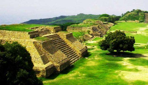 「アステカ文明」帝国の首都、生贄文化、建国神話、社会の階層