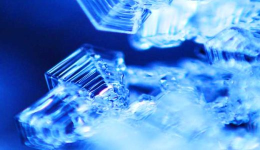 「結晶とはなにか」自然はなぜ簡単に規則正しく存在出来るみたいなのか