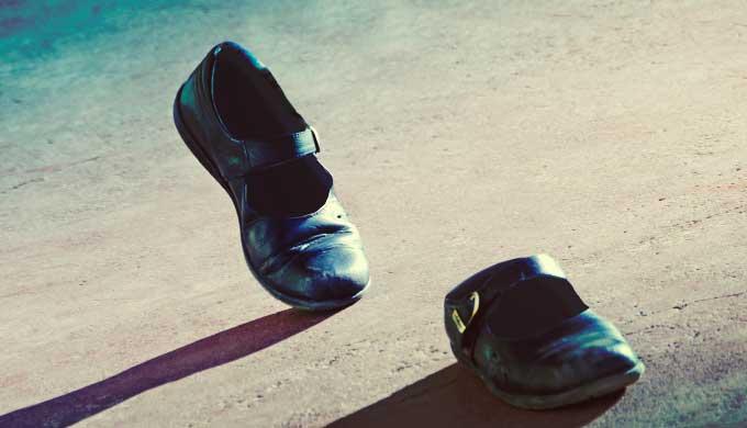 靴が勝手に