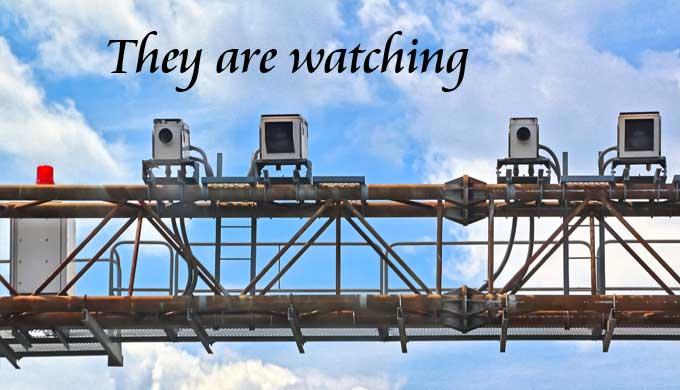 警察は見ている