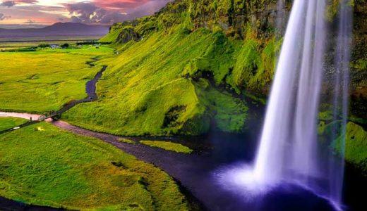 「アイスランド」海底火山の上に、ヴァイキングたちが作った国